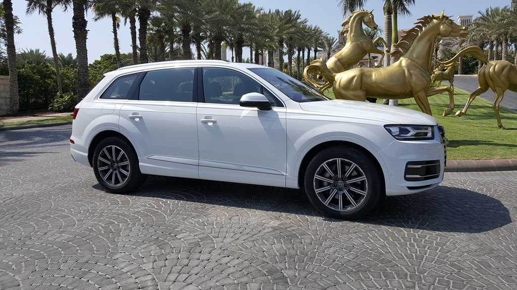 Audi Q7 new 2017 model in Dubai